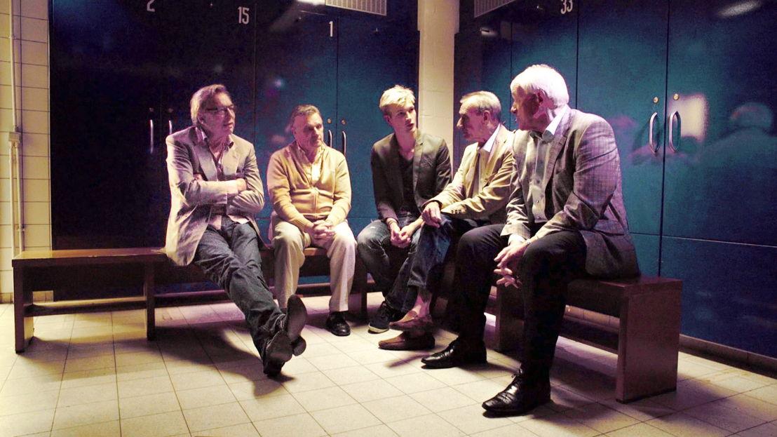 De kleedkamer - RSC Anderlecht 1972 : Jan Mulder, Georges Heylens, Ruben Van Gucht, Robbie Rensenbrink, Paul Van Himst © Deklat Binnen