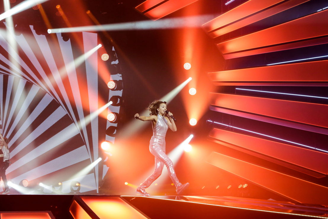 Isabella Clarke's second rehearsal at JESC 2017