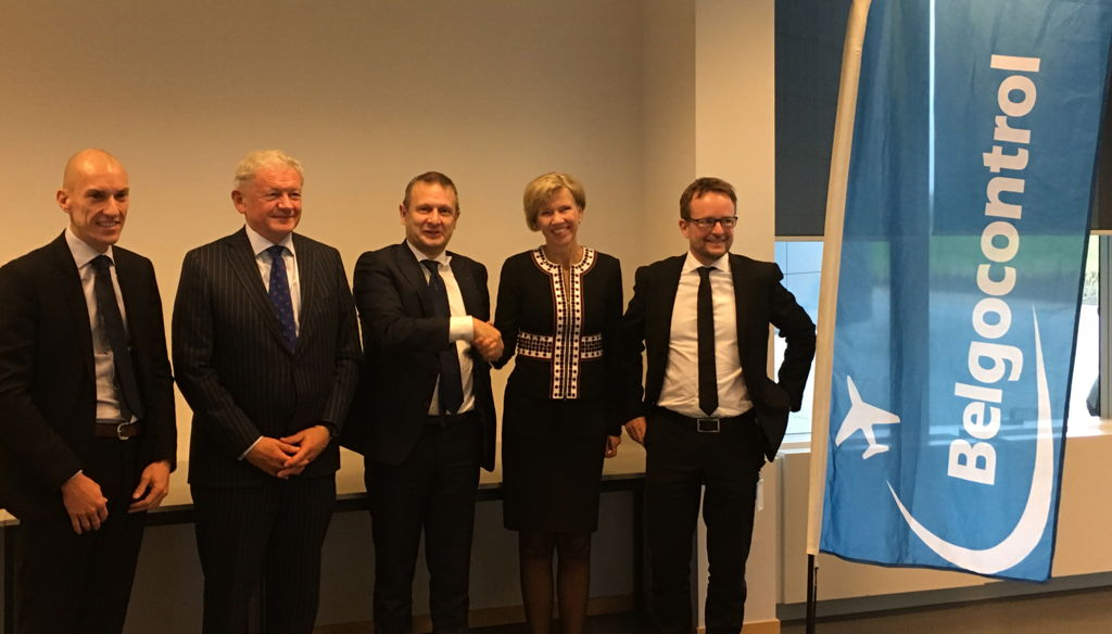 From left to right: Belgocontrol Chairman Renaud Lorand, Belgian Minister for Mobility François Bellot, Belgocontrol CEO Johan Decuyper, Entry Point North CEO Anne Kathrine Jensen and Entry Point North Chairman Sören Stahlfest Möller