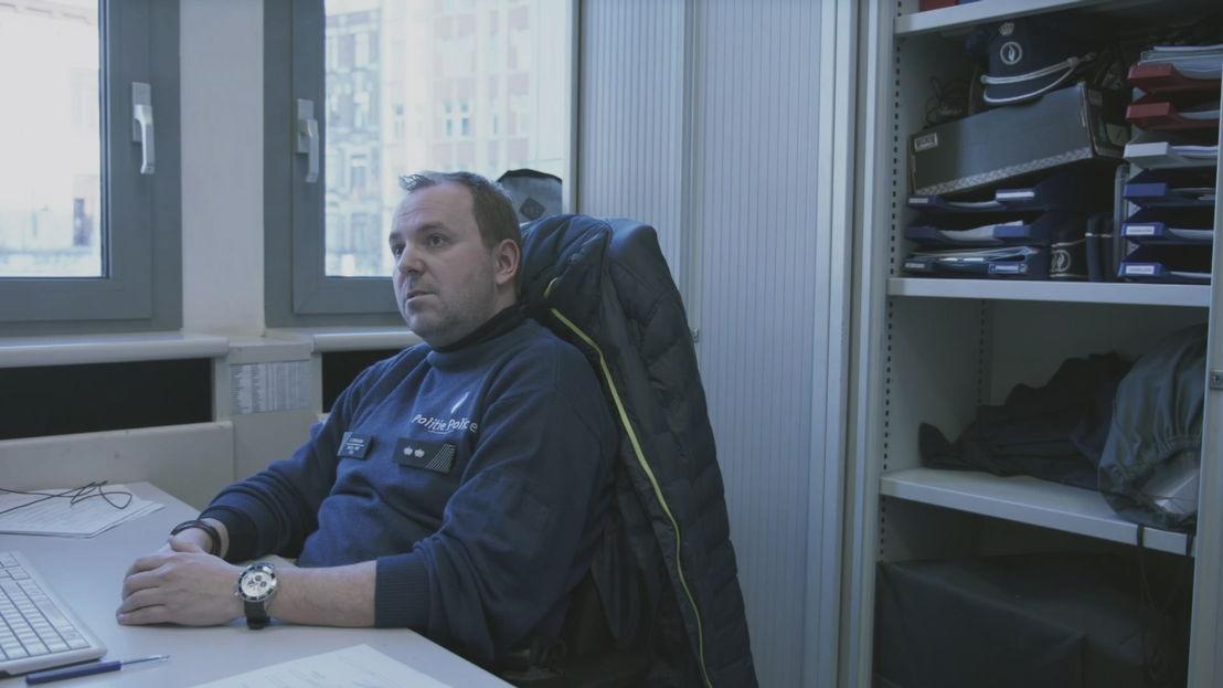 Dennis Sutherland, hoofdinspecteur