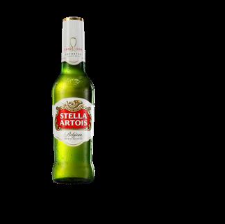 Groen flesje Stella Artois. In België zijn bruine flesjes gebruikelijk.