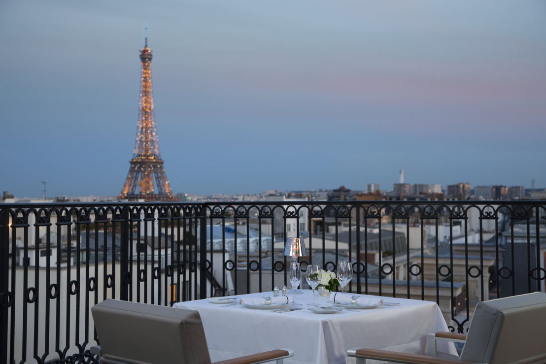 The Peninsula París, Terrace Eiffel Tower Dining Night