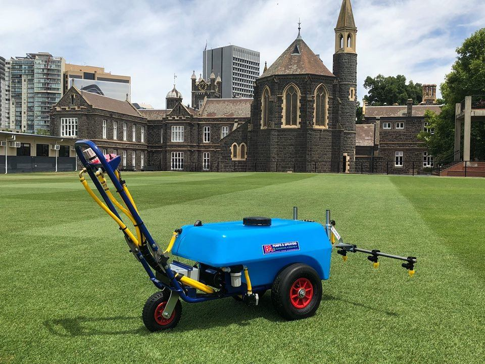 The GK75 Green Keeper Turf Sprayer with 1.5 Metre Boom is perfect for use on sensitive turf areas such as golf and bowling greens. Includes fully draining tank sump and agitator.