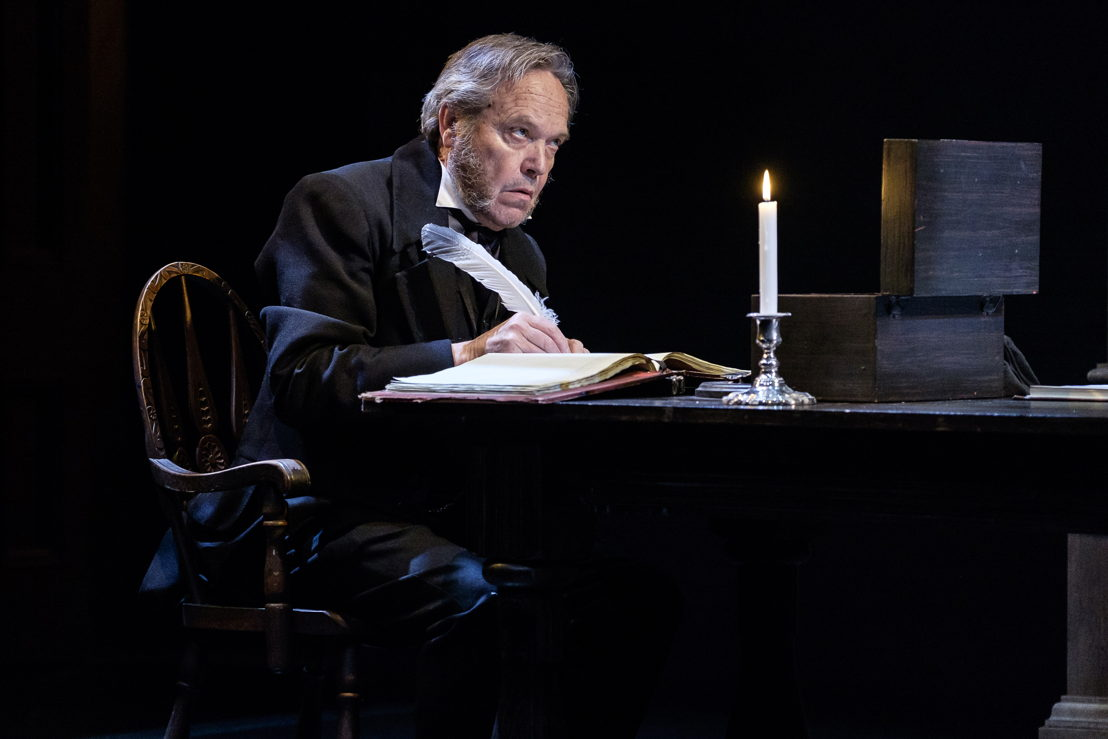 Tom McBeath in A Christmas Carol / Photos by Don Craig