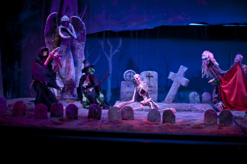 The Ghastly Dreadfuls stage spooky favorites at the Center for Puppetry Arts, October 10-27