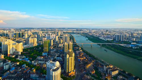 Neue Verbindung mit Cathay Dragon nach Nanning, China
