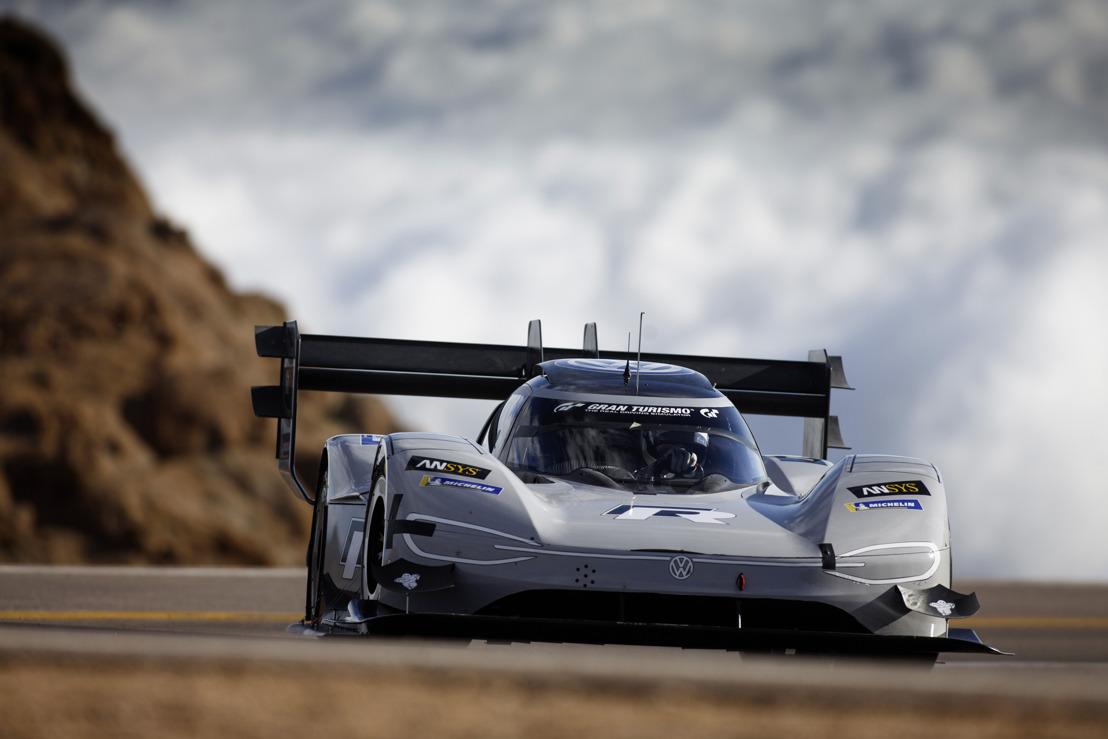 Pikes Peak - 7m 57.148s - De elektrische I.D. R van Volkswagen vestigt een nieuw absoluut record