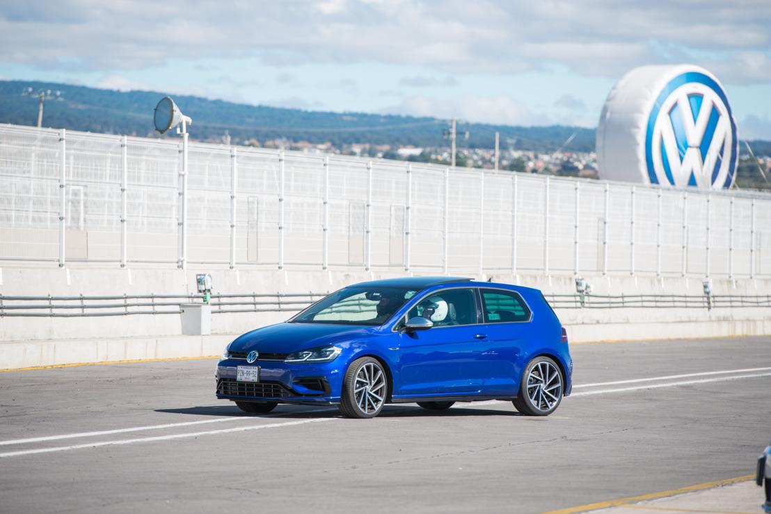 """Entusiastas de la Marca Volkswagen y fanáticos del GTI se reúnen para celebrar la décima edición del """"TrackDay GTI"""""""