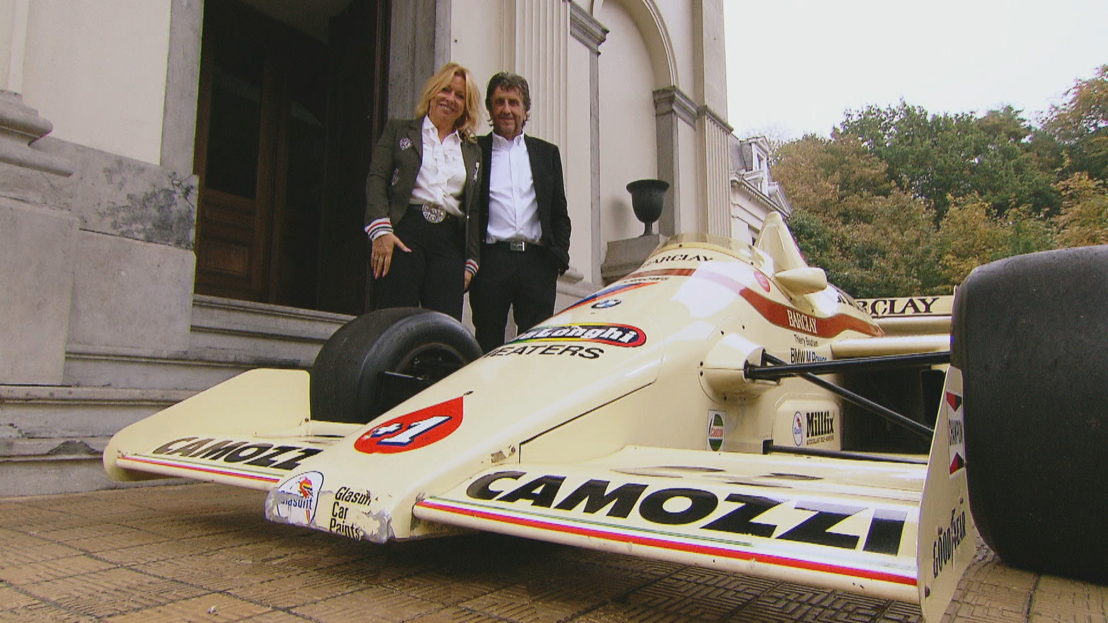 Franco met zijn formule 1-wagen