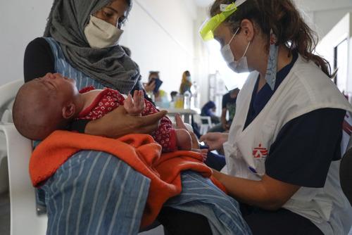 """Médicos Sin Fronteras rechaza el traslado a un """"nuevo Moria"""" de miles de personas y pide su evacuación urgente fuera de las islas griegas"""