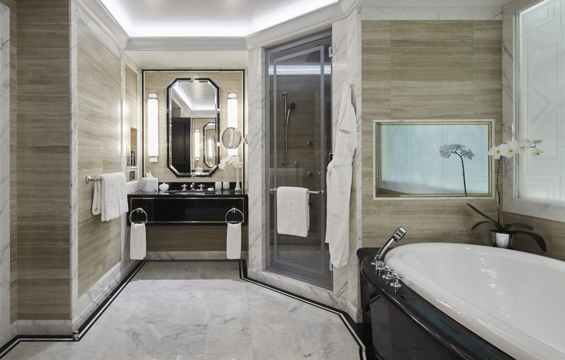 Fifth Avenue Suite Master Bathroom