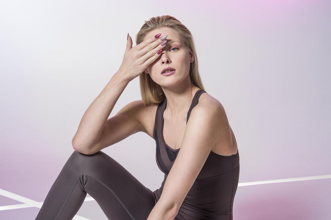 Des ongles d'automne avec ProNails : une palette de couleurs à expérimenter au service du minimalisme