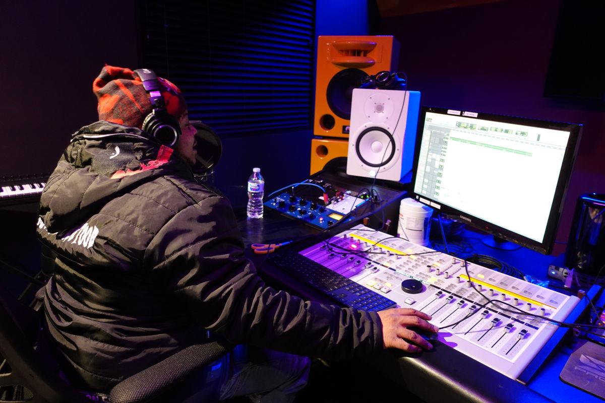 Guap Tarantino recording himself in C room