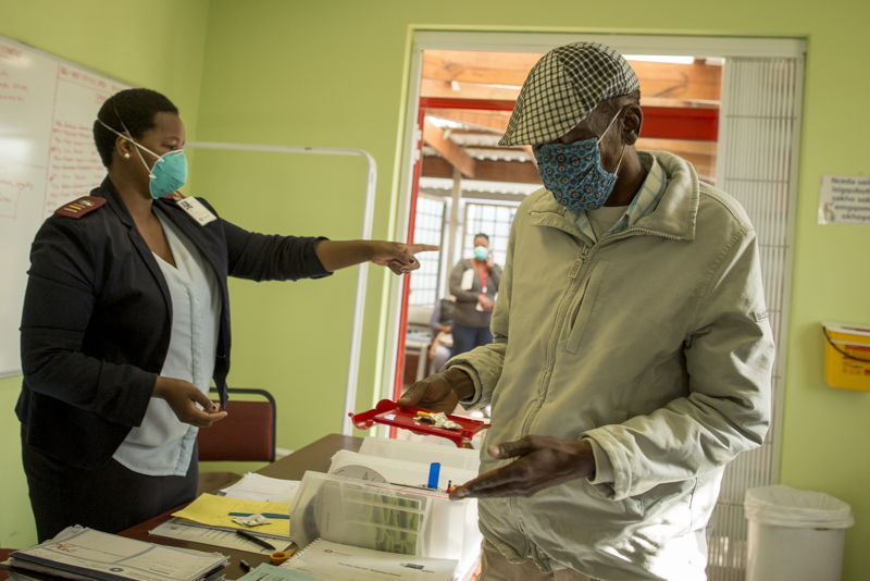 Simphiwe Zwide - MSF Treatment For TB in South Africa. Photographer: Sydelle WIllow Smith