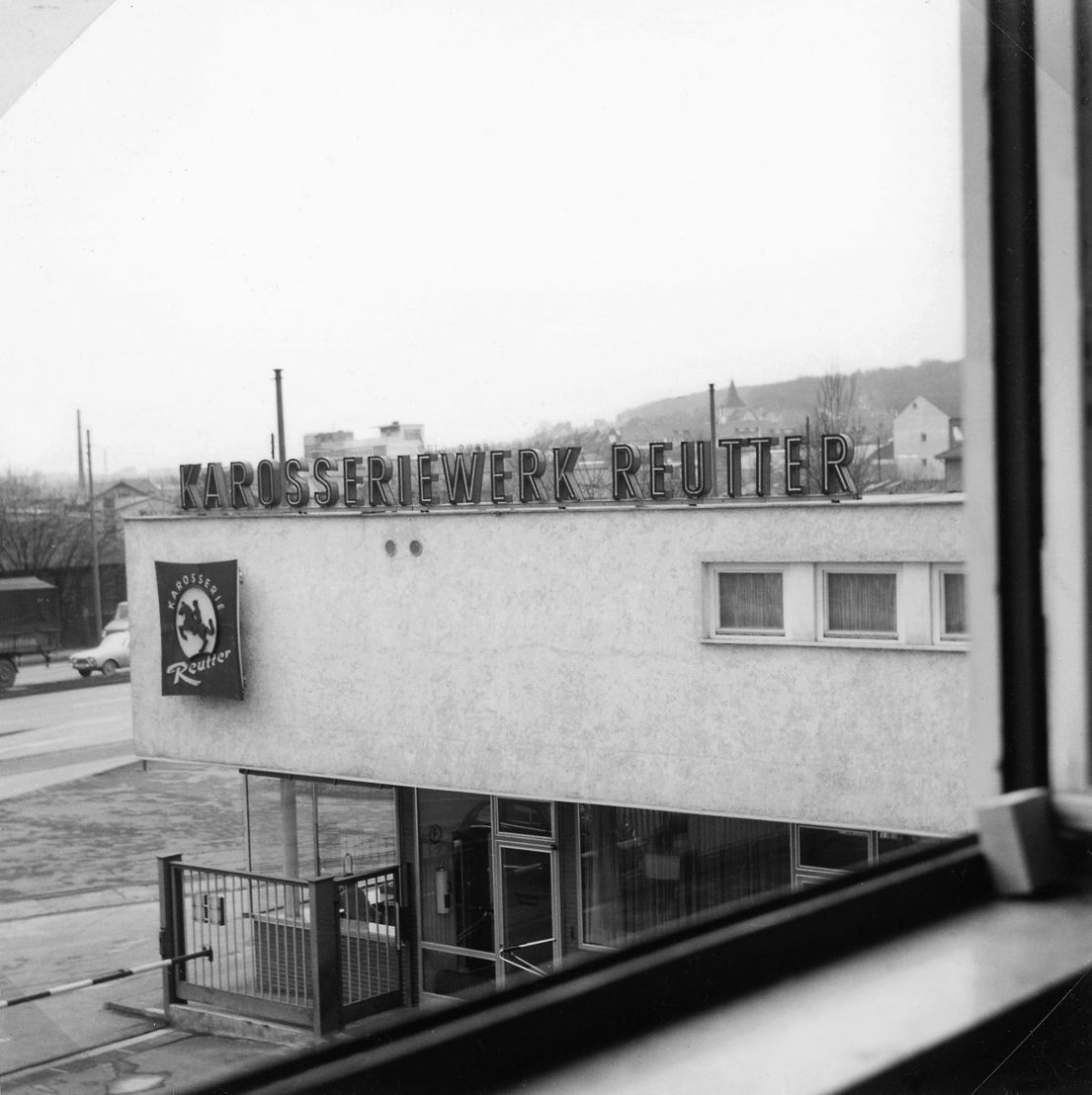 1963. En julio Porsche compra al carrocero Karosseriewerk Reutter & Co. GmbH