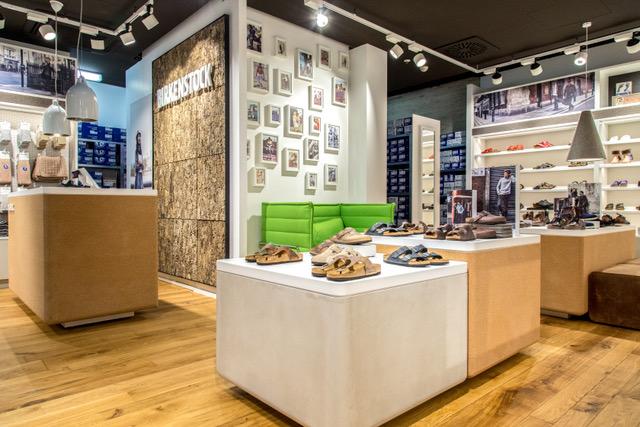 In den letzten Jahren hat sich BIRKENSTOCK mehr und mehr zu einem modernen Lifestyle-Unternehmen gewandelt.