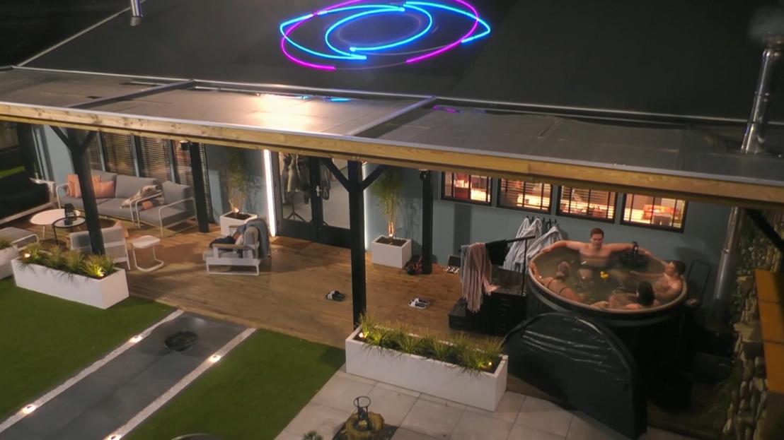 Bommetje in Big Brother: Meteen het huis verlaten met geld uit de groepspot of in het huis blijven?
