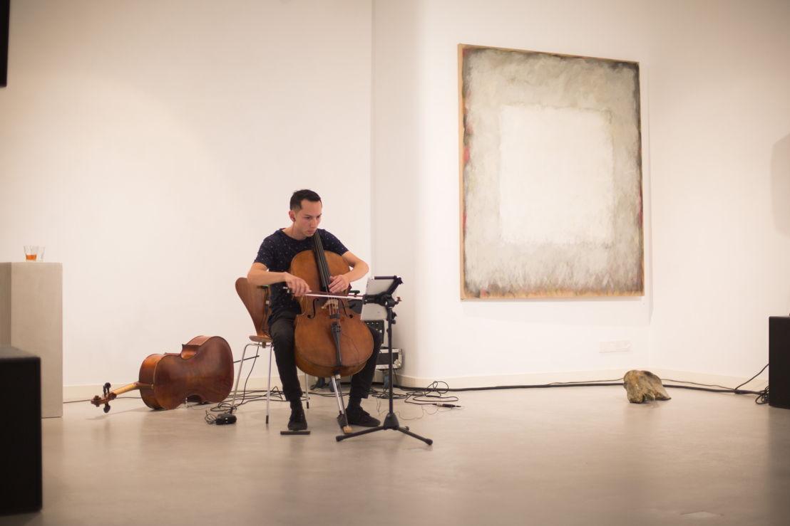 On/Off - Alistair Sung © Herre Vermeer