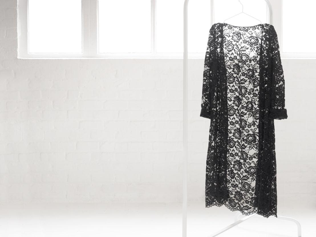 Soie Belle Black kimono