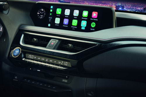 LEXUS LANCEERT DE INTEGRATIE VAN APPLE CARPLAY EN ANDROID AUTO IN EUROPA