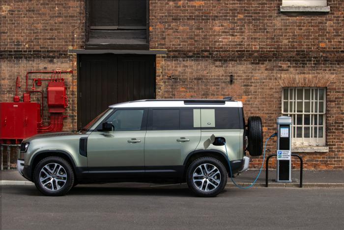 Preview: AutoWereld verkiest Land Rover Defender tot Auto van het Jaar