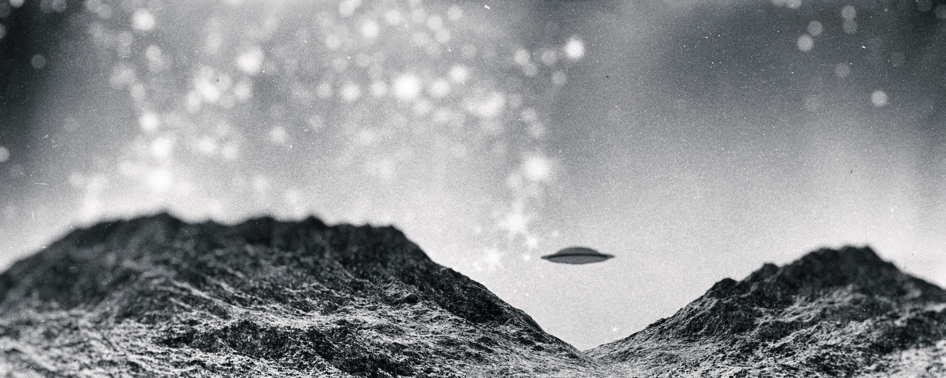 The night when aliens took over the radio