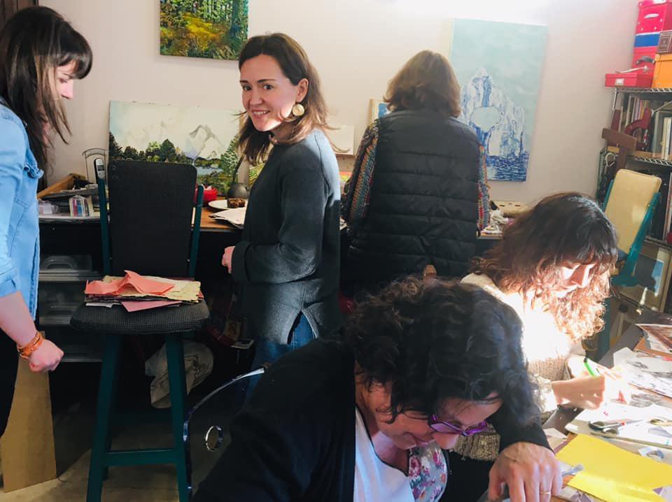 Gabriela teaches art in Bariloche.