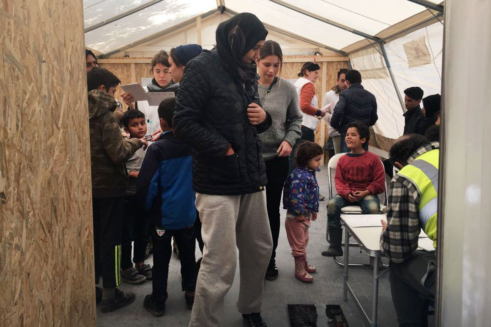 For the second consecutive winter MSF has to scale up its emergency intervention to respond to the needs of the population trapped in the Greek islands. The clinic will respond to the needs of the most vulnerable people, in particular minors under 16 years old and pregnant women. Credit: MSF
