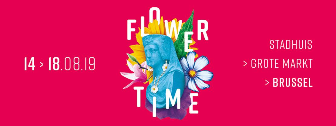 Een salopette van bloemen op maat van Manneken Pis