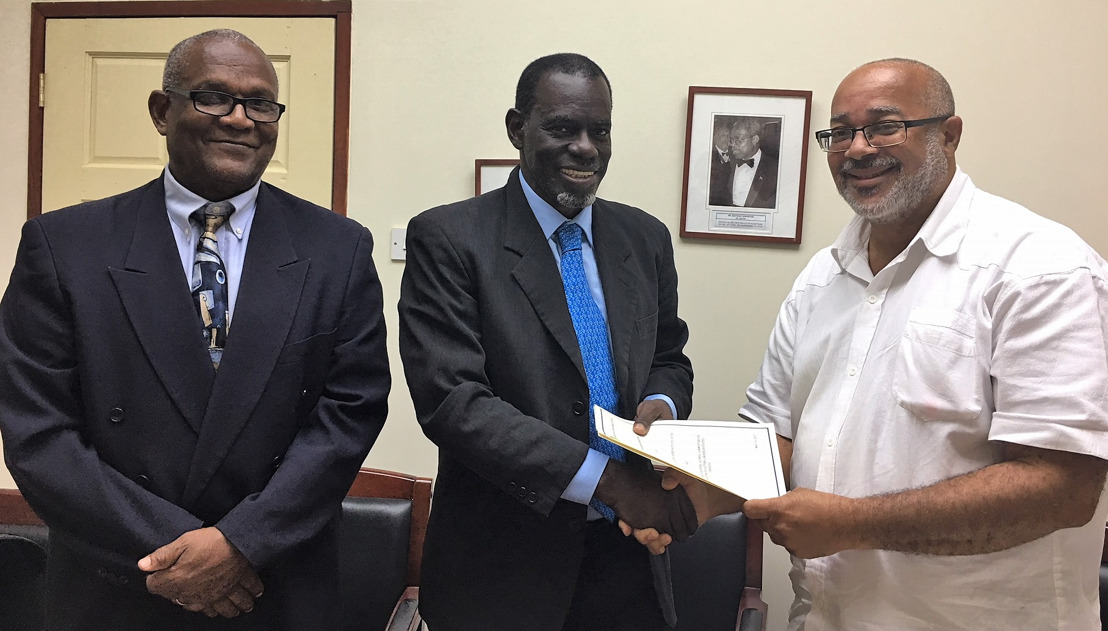 OECS Commission and ANOCES ink MOU on Cooperation