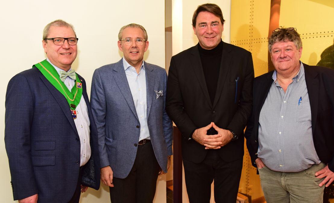 d.g.à.d.: Robert Van Landeghem, Peter Goossens, ministre Denis Ducarme & Eric Fernez