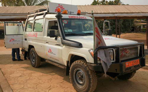 MSF ambulance service in South-West Cameroon : an essential lifeline in a region beset by violence