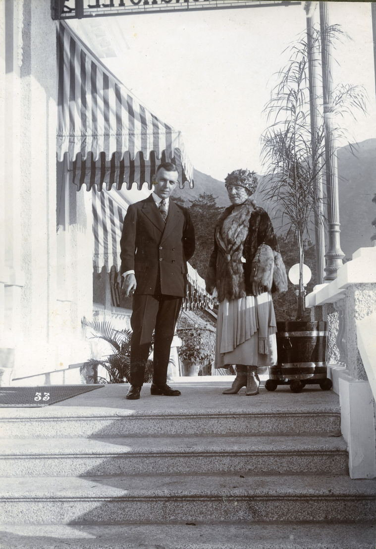 James Taggart and his wife Lilian on the steps of The Repulse Bay Hotel, 1922