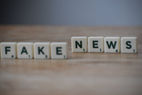 VUB-KMS onderzoek: Fake news nefast voor vertrouwen in coronavaccins en hoop op economisch herstel