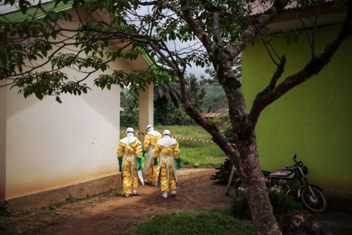 Ebola DRC: MSF calls for an international, independent committee for Ebola vaccination to overcome lack of WHO transparency