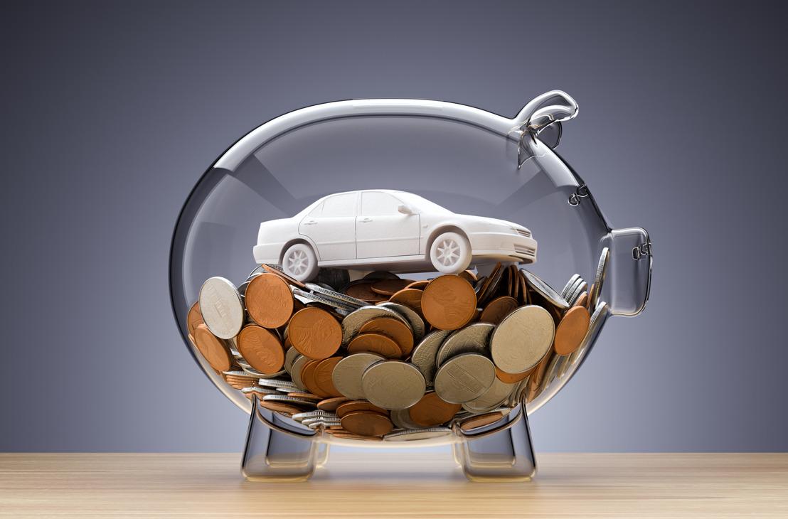 Redukcje kosztów i etatów.