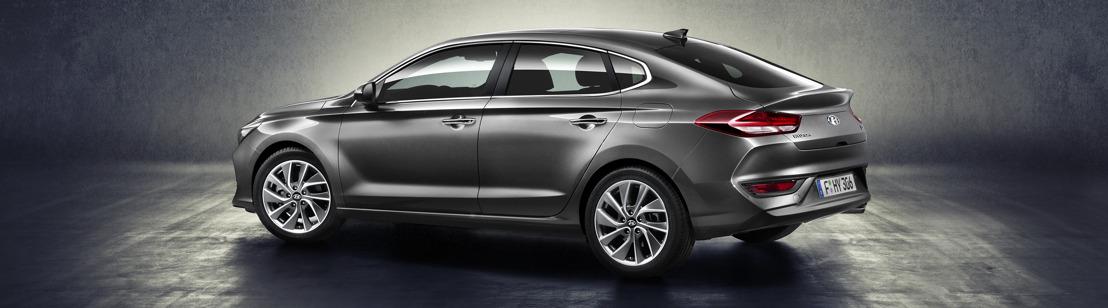 L'All-New Hyundai i30 Fastback: élégante berline bicorps, dont les lignes renvoient à celles d'un coupé chic