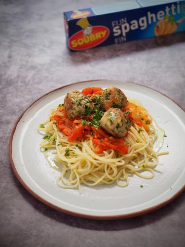 Soubry doneert 70.000 porties pasta