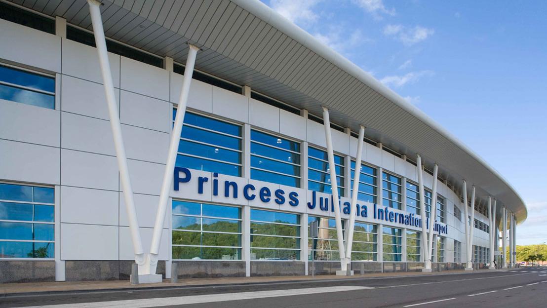 Airport in St. Maarten Reopens