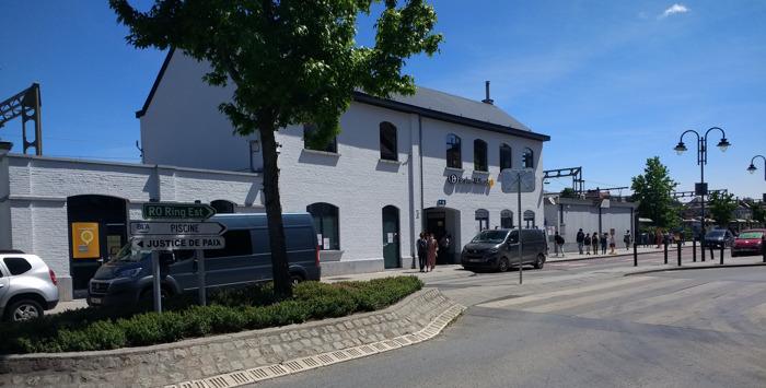 Le bâtiment de la gare de Braine-l'Alleud à nouveau accessible aux voyageurs