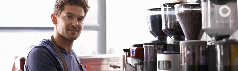 Delhaize steunt lokale ondernemers en lanceert daarom exclusief het Belgische koffiemerk Másalto
