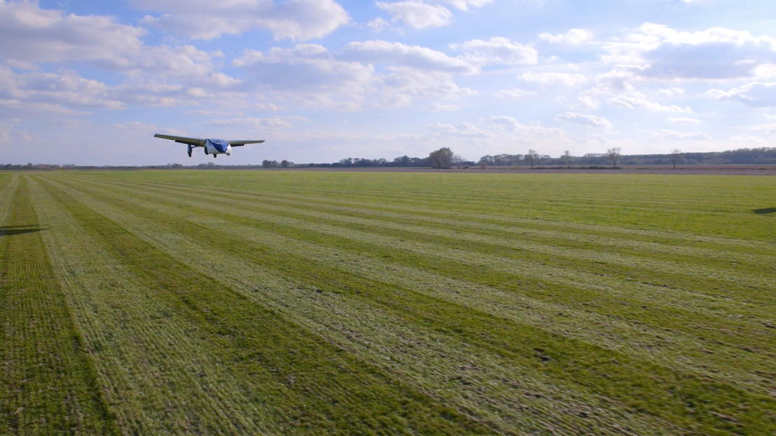 AeroMobil 3.0 first flight take-off