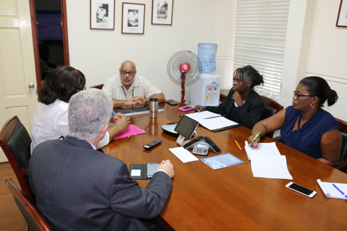 PAHO Director pays courtesy visit to Director General of the OECS