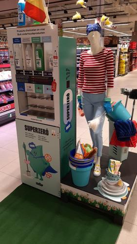 Carrefour renforce ses actions Zéro Déchet et s'associe à Superzero : des produits d'entretien en vrac, écologiques et belges
