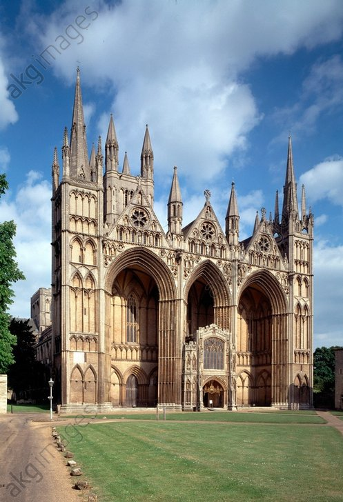 Peterborough Cathedral, (also: Saint Peter's Cathedral), founded in the Anglo-Saxon period, rebuilt in the 12th century. Cambridgeshire, England<br/>Exterior view of the west facade.<br/>AKG401627