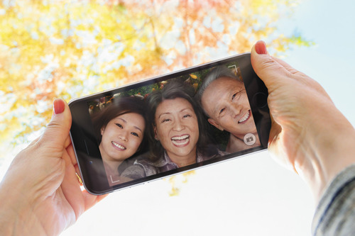 Cathay Pacific and Dragonair celebrate Senior Citizens' Day with special fares announcement