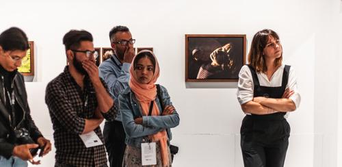Studenten fotografie en bewoners van asielcentra fotograferen elkaars leefwereld