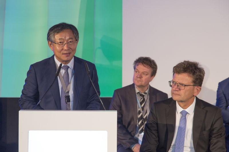 Hydrogen Council (Dr. Yang, Hyundai speaking)