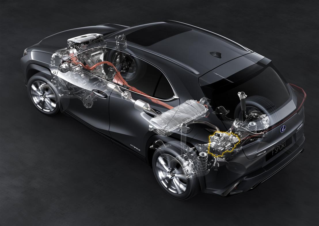 UX 250h : ALIMENTÉ PAR LA QUATRIÈME GÉNÉRATION DU SYSTÈME HYBRIDE AUTO-RECHARGEABLE LEXUS