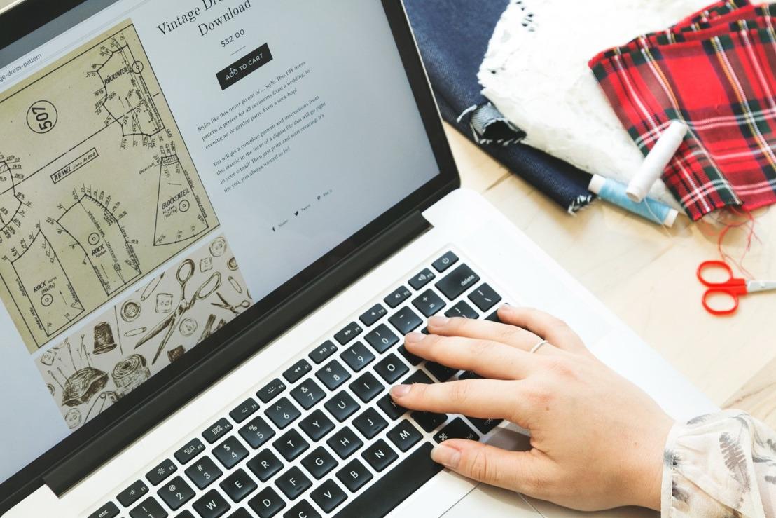 패션과 디지털의 만남 : 디지털 트랜스포메이션 리포트